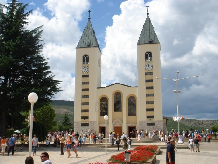 Medjugorje: il 'Piccolo Teatro' della fede