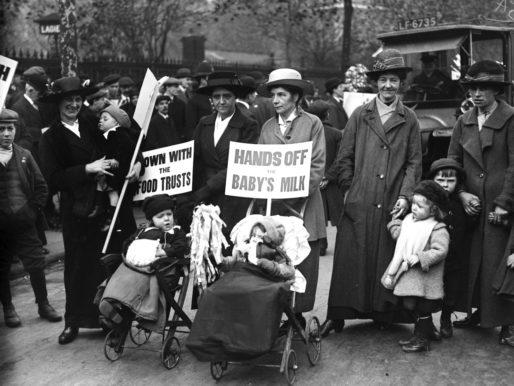 L'emancipazione femminile e la conseguente (?) crisi sociale